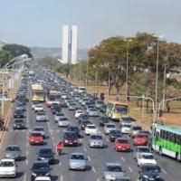 Relatório sobre o Sistema de Transporte e Transito