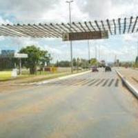 Recuperação de meios-fios no Taguaparque