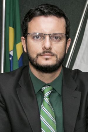 Leonardo Henrique Mundim Moraes Oliveira